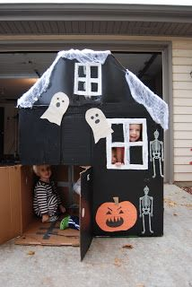 Going to be doing my halloween house. Can't wait Halloween Haunted Cardboard House Going to be doing my halloween house. Theme Halloween, Halloween Carnival, Toddler Halloween, Halloween Games, Halloween Birthday, Halloween Activities, Holidays Halloween, Halloween Crafts, Happy Halloween