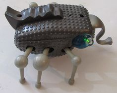 MGA Insecto Bot Battery Operated Interactive Bug 11 RadioShack  2001 #MGAEntertainment