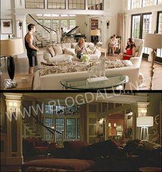 Na quarta temporada, a ex-sala da família Grayson, que era bem clean, recebeu cor cinza nas paredes, além de estofamento na cor roxa nos sofás. Esculturas de madeira foram adicionadas na decoração que passou do clássico para o moderno.