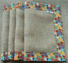 Diy Cushion, Heart Crafts, Bed Runner, Quilted Table Runners, Mug Rugs, Felt Hearts, Embroidery Stitches, Diy And Crafts, Sewing Projects