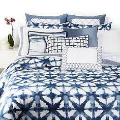 shibori bedding by Vera Wang - in soothing indigo shades ! Shibori, Tie Dye Bedding, Linen Bedding, Comforter, Dream Bedroom, Home Bedroom, Bedroom Ideas, Master Bedroom, Bedrooms