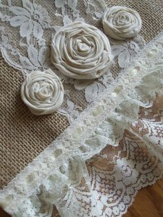 burlap and lace table runner by Karro