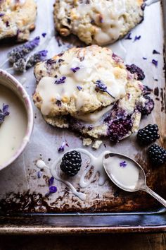DIY Lavender Recipes and Project Ideas - Blackberry Lavender White Chocolate Scones - Food, Beauty, Baking Tutorials, Desserts and Drinks Made With Fresh and Dried Lavender - Savory Lavender Recipe Ideas, Healthy and Vegan Think Food, Love Food, Brunch Recipes, Dessert Recipes, Dessert Food, Dessert Ideas, Breakfast Recipes, Breakfast Cupcakes, Recipes Dinner