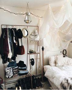 Hanging balances;