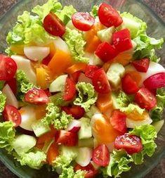 Warzywa i jajka ułożone na sałacie Salad Recipes, Diet Recipes, Cooking Recipes, Healthy Recipes, Vegan Cafe, Polish Recipes, Food Design, Tasty Dishes, Food Inspiration