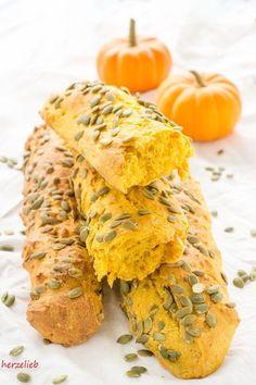 Pumpkin Bread recipe // Kürbisbrot Rezept Baguette