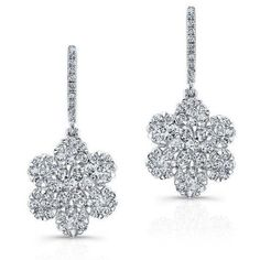 18kt white gold diamond flora flower earrings (20.740 RON) ❤ liked on Polyvore featuring jewelry, earrings, white gold jewelry, earring jewelry, diamond earring jewelry, diamond jewelry and white gold flower earrings