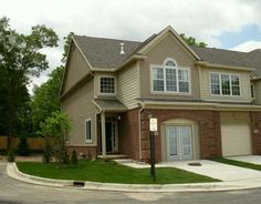 Aspen Ridge Condominiums in Ann Arbor, MI 48108; Luxurious Townhomes
