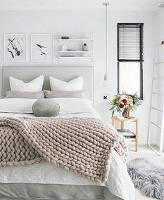 ▫Night night com esse quarto lindo pra inspirar ❤💤▫{foto via @oh.eight.oh.nine }  #cdaquartos #bedtime #bedroom #blogcasadasamigas
