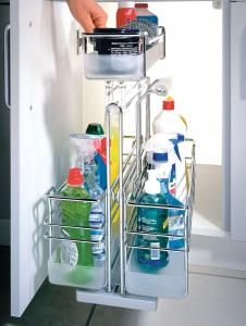 Undersink Cleaning pull-out, the removable caddy means you can carry you cleaning products around the house easily