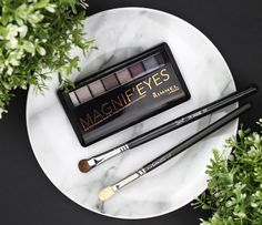 Rosy Disposition: Rimmel Magnif'Eyes Magnifeyes Eye Contouring Palette Review