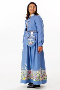 Oslobunad mørk eller lys blå til konfirmasjon eller 17.mai 2017! | FINN.no That Look, High Neck Dress, Norway, Clothes, Dresses, Fashion, Turtleneck Dress, Outfits, Vestidos