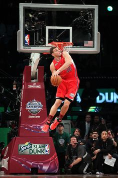 Blake Griffin my new favorite basketball player along with the Clippers, my new favorite basketball team!! Sorry Lakers.