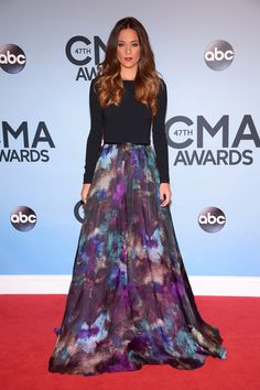 Jana Kramer au 47e annuel CMA Awards à Nashville