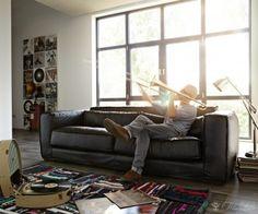 SOFA HENNES http://www.delife.eu/lifestyle-produkte/sofas-sessel/sofas/sofa-hennes-225x110-cm-schwarz-3-sitzer-couchgarnitur/a-6253/?campaign=smm%2FPinterest