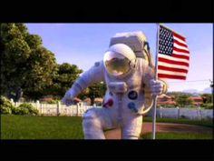 """Planet 51 é a historia dunha familia de extraterrestres que vive tranquilamente no seu planeta ata a chegada do que para eles é un alienígena: un home. O Capitán Charles """"Chuck"""" Baker, astronauta americano, aterra en Planet 51 pensando que é a primeira persoa en pisar o planeta."""