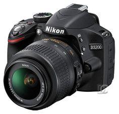 Nikon D3200                                                       …
