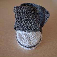 Kolay Convers Patik Yapılışı 26 Food Design, Crochet, Converse, Winter Hats, Beanie, Fashion, Shoes, Crochet Shoes, Knitting