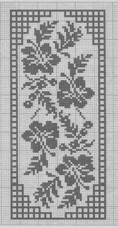 Crochet and arts: Filet crochet wipes Crochet Bedspread Pattern, Crochet Table Runner Pattern, Tapestry Crochet, Crochet Patterns, Simple Cross Stitch, Cross Stitch Rose, Cross Stitch Flowers, Filet Crochet Charts, Crochet Diagram