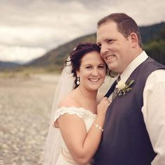 great vancouver wedding For Lauren's review check out Erin Nicole Makeup Artistry on Facebook. #wedding #makeup #makeupartist #vancouver #countrywedding #local #beautifulbride by @erinnicolemakeupartistry  #vancouverwedding #vancouverweddingmakeup #vancouverwedding