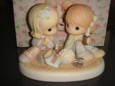 Precious Moments The Sweetest Treat is Friendship 110855 NIB