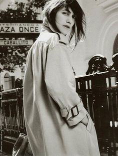 Charlotte Gainsbourg wearing a trench like a total pro