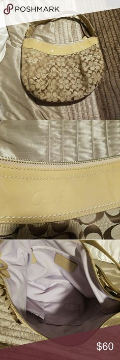 Coach Hobo Large signature print Coach Hobo. Patent leather strap and trim. Feel from holes or pen marks. Coach Bags Hobos