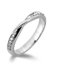 New Diamond Twist Wedding Ring