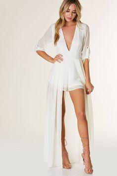 White beach dresses with chiffon overlay