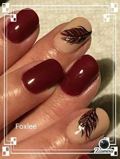 Nail art feathers burgundy gel polish #handpaintednailart
