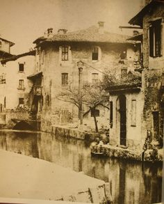 Milan: a wonderful view of via Laghetto in the XIX century.