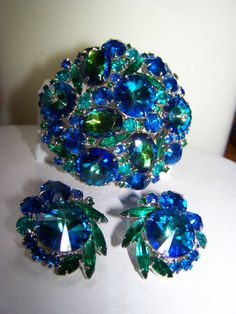 Vintage Juliana D E Rivoli Margarita Watermelon Rhinestone Brooch Earring Set…