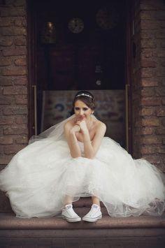 Wedding, bride, wedding shoes, converse