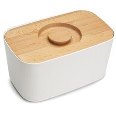 De Joseph Joseph Broodbox is vernieuwd. In de stevige, kunststof box bewaar je brood op stijlvolle wijze. De basis van de box is van kunststof en het deksel is van hout, waardoor deze ook als handige snijplank gebruikt kan worden.