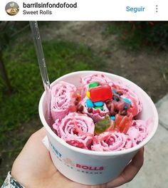 Sweet Rolls viene acompañado de dulces momentos 😍 📷 @Barrilsinfondofood #sweetrollsperu #icecream #firelove
