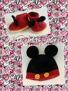 Topolino berretta e scarpine neonato  Micky Mouse baby shoes and hat