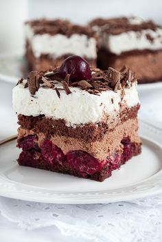 Image discovered by Aneta Glińska. Find images and videos about food, chocolate and yummy on We Heart It - the app to get lost in what you love. Sweet Recipes, Cake Recipes, Dessert Recipes, Delicious Desserts, Yummy Food, Polish Recipes, Pie Dessert, Sweet Treats, Food And Drink