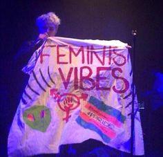 I L O V E HI M<<< mY BEAUTIFUL FEMINIST LEMON GOD