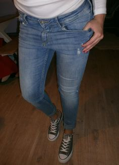 Kupuj mé předměty na #vinted http://www.vinted.cz/damske-obleceni/dziny/9855039-rifle-dziny-jeany-kalhoty-hm