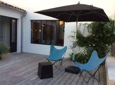 iledereloc.com: Maison neuve de charme - plein centre village au calme