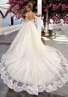 Eva Lendel Wedding Dress variety 2017