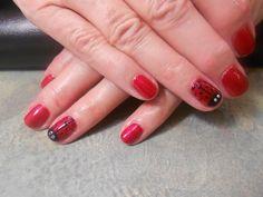 Ladybug shellac nail art by misty
