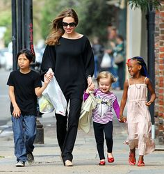 Angelina Jolie with Pax, Vivienne and Zahara