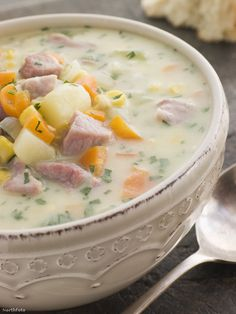 Ham, Potato and Herbes de Provence soup Ham And Potato Soup, Ham Soup, Chowder Recipes, Soup Recipes, Cooking Recipes, Herbed Potatoes, Hungarian Recipes, C'est Bon, Soup And Salad