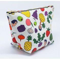 Oohlala Aurore frutas standing zipper pouch (http://www.fallindesign.com/oohlala-aurore-frutas-standing-zipper-pouch/)