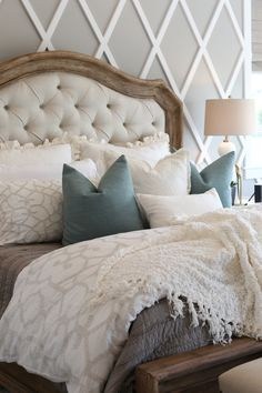 home decoratie Modern French Country Bed French Country Bedding, Modern French Country, French Country Kitchens, French Country Bedrooms, Country Farmhouse Decor, French Country House, French Country Decorating, Country Bathrooms, Country Interior