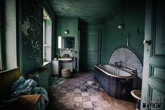 Château de la Forêt - Bathroom