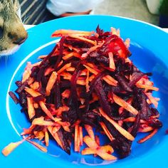 What's that? A delicious raw beetroot and carrots salad #ockstyle #truecooks #gourmettraveler #mykitchenadventures #lifeofafoodstylist #chefslife #foodies #foodstyling #foodstylistlife #foodphotography #recipetasting #foodpic #instadaily #instalovefood #inspiration #traveling #visitrome #instagramstories