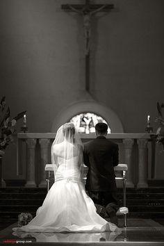 Guida per essere preparati alle difficoltà delle foto ai matrimoni e alle cerimonie in generale. Per non fare errori banali e non deludere con le tue foto.