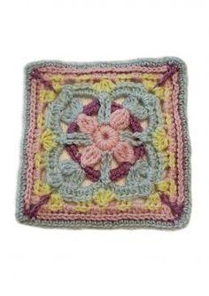 Tekstiiliteollisuus - Adalmiinan helmi CAL Crochet Bunting, Helmet, Blanket, Blankets, Helmets, Carpet